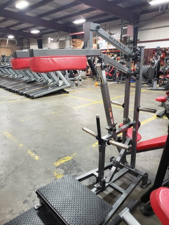 Used Matrix Commercial Plate Loaded Squat Machine From